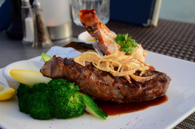 lobster-pot-cayman-restaurant-steak-06