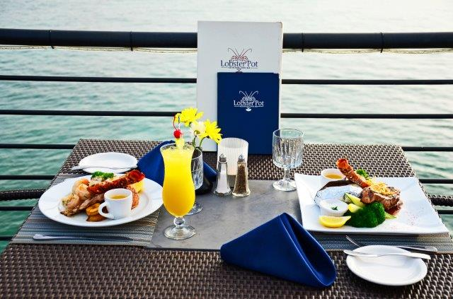 lobster-pot-cayman-restaurant-sunset-04